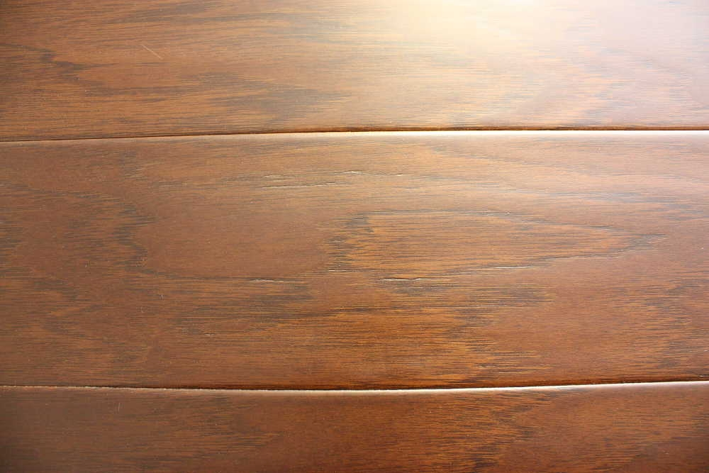 Leather Hickory_Distressed